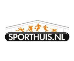 Sporthuis.nl ruimt het magazijn op daarom krijgt uw op meer dan 1000 sport artikelen tot 50% korting!