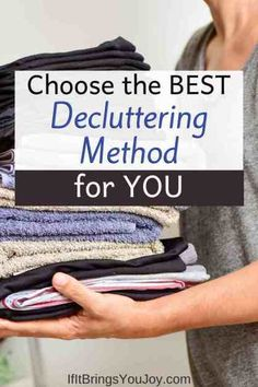 Various decluttering method ideas for organizing your home. Watch expert Marie Kondo video tips, and decide if her method for tidying fits your lifestyle. Motivation to organize closets and enjoy a clutter-free house. #declutter Hobbies To Try, New Hobbies, New Things To Learn, Fun Things, Family Fun Night, Clutter Free Home, Sparks Joy, Konmari Method, Marie Kondo