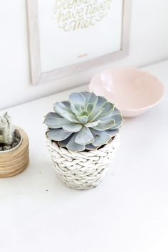Surprisingly Simple Air-Dry Clay Projects to Try 2019 DIY Projects to Try Usin… – 2019 - Clay ideas Clay Flower Pots, Clay Flowers, Clay Pots, Diy Air Dry Clay, Diy Clay, Clay Crafts, Clay Projects, Diy Projects To Try, Clay Vase