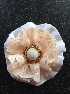 Lace brooch on Etsy, Lace Jewelry, Handmade Jewelry, Jewellery, Unique Jewelry, Handmade Gifts, Brooch, Trending Outfits, Etsy, Vintage