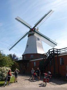 Artlenburger Mühle Utility Pole, Destinations, Travel