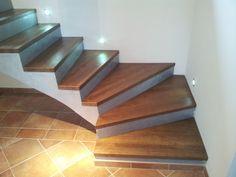 Dřevěné schody a schodiště na míru