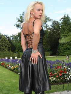 Lederkleid DS-011 : Crazy-Outfits - Webshop für Lederbekleidung, Schuhe & mehr.