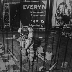 The Secret Behind- A bit of fun... Didn't see the punchline at first...#onedailyfoto #theotherbondstreet #streetphotography #streetportraits #black&whitephotography #urbanphotography #builders #construction #people #funny www.onedailyfoto.org Sx