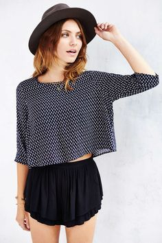 Sleeve Swing Top - Urban Outfitters