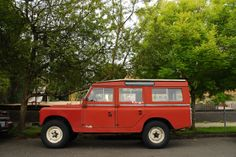 1965-Land-Rover-Series-IIA-Station-Wagon-3.jpg 1,300×866 pixels