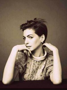 15 Best Anne Hathaway Pixie Cuts: #6. Anne Hathaway Messy Pixie