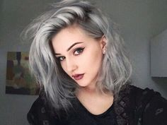 New silver hair highlights natural colors ideas Grey Hair Dye, Dark Grey Hair, Silver Grey Hair, Hair Color Dark, Blonde Color, Dyed Hair, Dyed White Hair, Ombre Colour, Gray Ombre