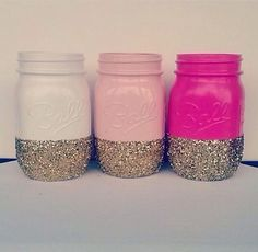 DIY Mason Jars - Gold mason jars, sparkly vase for makeup brushes