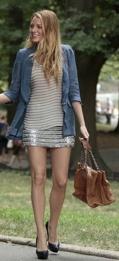 love the different layers in this outfit