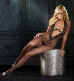 Macacão Corpo Inteiro em Malha Arrastão: Com decote frontal em V e faixas com aplicação de strass. Além de ser muito sexy, a fantasia ajuda a criar um clima inusitado durante as preliminares.   O que é bom, pode ficar melhor! Conheça nossos produtos... https://www.vintagesexshop.com.br/loja/lingeries/body-sensual/macacao-corpo-inteiro-em-malha-arrastao.html  #macacão #lingerie #fantasia #desejo #prazer