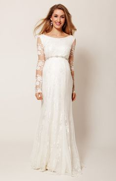 Vintage-inspired Helena full length maternity wedding gown has a gorgeous streamlined fishtail shape that's perfect for making your unforgettable entrance.