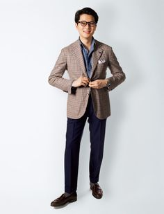 Mark Cho (The Armoury) Source: GQ Japan source More menswear & suits! Business Casual Outfits, Business Dresses, Work Fashion, Mens Fashion, Blazer Outfits Men, Suit Separates, Blazers For Men, British Style, Smart Casual