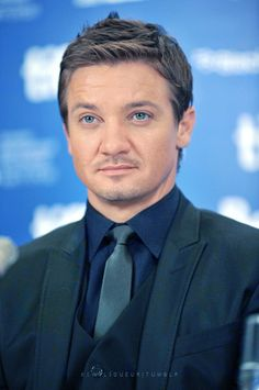 Jeremy Renner: TIFF 'The Town' Press Conference - 2010     Those eyes…