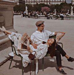 aesthetics couple vintage Love fashion style retro two Couples Vintage, Vintage Love, Cute Couples, Vintage Romance, Vintage Italy, Retro Vintage, Couple Aesthetic, Aesthetic Vintage, Aesthetic Pictures