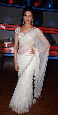 Deepika looking classy