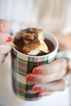 decadent hot chocolate // plaid mug