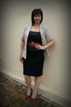 Black pencil skirt (Truworths) Black tank, Red ombre heels (Rage) Cream short sleeved blazer (Contempo), Red belt