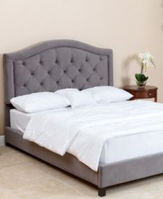 Edwyn Full/Queen Tufted Velvet Bed, Quick Ship