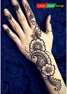 Diagonal Henna design:  Diagonal mehndi designs are the most used designs for the back side of hands followed by simple flowers and petals.  for more details and designs please visit our site.  http://www.latesthennadesigns.com/2017/05/latest-henna-designs-for-girls.html  #henna #hennadesigns #mehndi #mehndidesigns