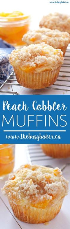 These Peach Cobbler Muffins are the perfect sweet snack! This is such an easy recipe that taste's just like Grandma's peach cobbler! And the best part? They're even easier to make than a traditional cobbler and have the perfect crumble topping! Muffin Tin Recipes, Baking Recipes, Best Muffin Recipe, Köstliche Desserts, Dessert Recipes, Granola, Muffins Blueberry, Healthy Peach Muffins, Cupcake Cakes