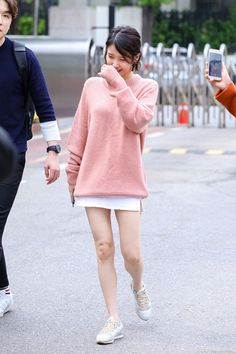 170425 IU arriving YHY Sketchbook Recording by Box J Pop, Fashion Idol, Skirt Fashion, Fashion Outfits, Cute Korean Girl, Asian Girl, Simple Outfits, Casual Outfits, Fade Styles