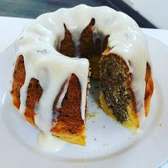 """Gefällt 11 Mal, 1 Kommentare - Melanie (@mum_and_cherry) auf Instagram: """"Weltbester Mohn-Orangen-Gugelhupf... So lecker. Der Schmandguss ist einfach mega auf diesem Kuchen.…"""""""