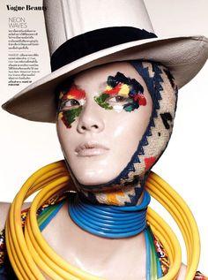 Dynamic Cosmetic Closeups : vivid makeup look