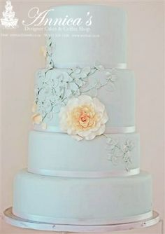 """I want this cake for my twenty year wedding Anniversary party! """"Luna"""" by Annica's Annica's Design Cakes Coffee Shop Pretty Cakes, Cute Cakes, Beautiful Cakes, Amazing Cakes, Cake Design Inspiration, Wedding Cake Inspiration, White Wedding Cakes, Wedding Blue, Fondant Cakes"""