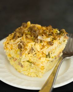 Slow Cooker Sausage, Hash Brown & Cheddar Breakfast Casserole by @Michelle (Brown Eyed Baker) :: www.browneyedbaker.com