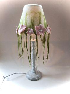 Tischlampen - Tischlampe .gefilzt. - ein Designerstück von Filz-Art bei DaWanda