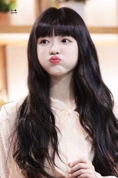 Oh My Girl Yooa, Girl Day, The Girl Who, Kpop Girl Groups, Korean Girl Groups, Kpop Girls, Kpop Girl Bands, Only Girl, Soyeon