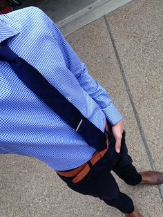 Why is that Tie clip so low? Fashion 101, Fast Fashion, Boy Fashion, Mens Fashion, Working Blue, Suit Shoes, Professional Attire, Men Design, Formal Looks