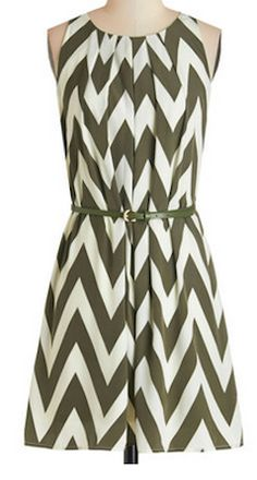 Darling chevron dress for fall http://rstyle.me/n/nyh95nyg6