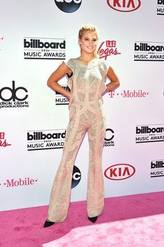Meredith Mickelson - All the Looks from the 2016 Billboard Music Awards - Photos
