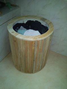 DSC 0262 600x800 Laundry basket from pallets / corbeille a linge in pallet bathroom ideas diy pallet ideas  with pallet