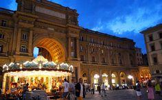 piazza della repubblica, Florence ( I went to school right there ---> @Emily Morgado lets go back!!!
