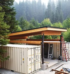CASCADIA CONTAINER RESIDENCE Today we are featuring another stunning container residence that is making its rounds on social media. Container Shop, Cargo Container Homes, Building A Container Home, Storage Container Homes, Container House Design, Tiny House Design, Storage Containers, Shipping Container Buildings, Shipping Container Home Designs