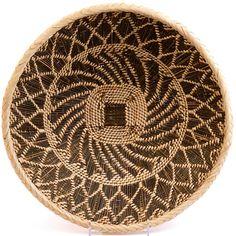 Munyumbwe palm basket (Zambia)