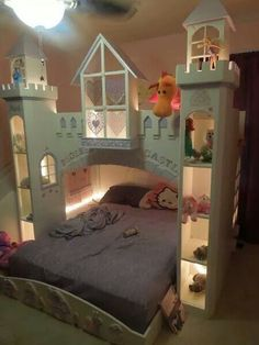 Castle bed for a princess