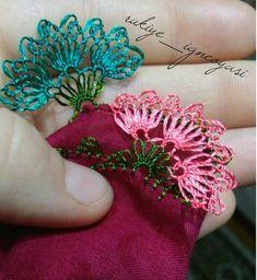 Hand made..igne oyasi..lohusa cemberi Needle Tatting, Needle Lace, Bobbin Lace, Needle And Thread, Crochet Bedspread, Lace Making, Olay, Baby Knitting Patterns, Needlework