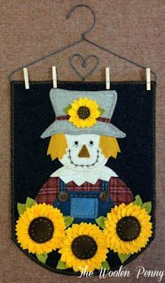 Wool Applique Wall Hanging Fall Scarecrow