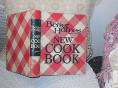 1981 Better Homes and Garden Cook Book by Daysgonebytreasures, $12.00 https://www.etsy.com/listing/190790464/1981-better-homes-and-garden-cook-book
