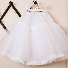 Serge up this adorable petticoat to go under a pageant dress, flower girl dress, or dress-up dress and transform the skirt of your little girls dress into an adorable ball gown!