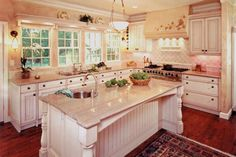 My dream house: Assembly required (24 photos)