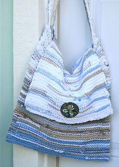 Upcycled T-Shirt Handbag : : Tutorial - Cynthia Shaffer