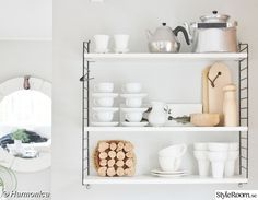 Bildgalleri - My home Kitchen Dinning, Diy Kitchen, Kitchen Ideas, String Shelf, Looking For Houses, Nordic Home, House Rooms, Floating Shelves, Decoration