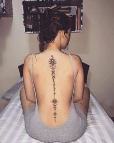Cool And Amazing Back Tattoo Designs You Want To Show Off In Summer; Back Tattoos; Tattoos On The Back; Body Art Tattoos, Small Tattoos, Girl Tattoos, Tatoos, Girl Spine Tattoos, Female Spine Tattoos, Panda Tattoos, Petite Tattoos, Tiny Finger Tattoos