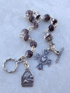 I handcraft heirloom quality gemstone rosaries in classical chain work. The rosary bead parts are vintage reproduction. Rosary Bracelet, Rosary Beads, Jewelry Bracelets, Jewellery, Diy Xmas Gifts, Catholic Art, Fancy, Rosaries, Chain