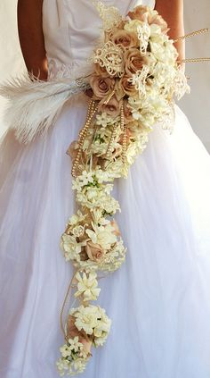 cascading bouquet with lace